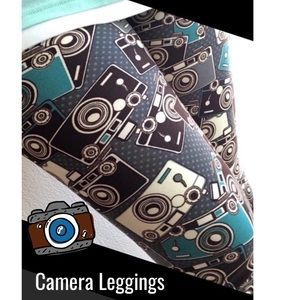 NEW 📸 Camera Photo Womens Printed Leggings